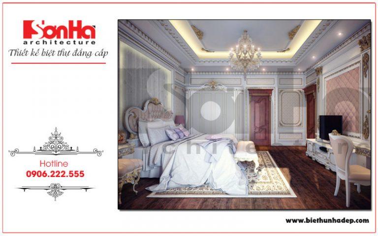 Không gian phòng ngủ với thiết kế nội thất mang phong cách cổ điển Châu Âu sang trọng làm tăng thêm giá trị của ngôi biệt thự