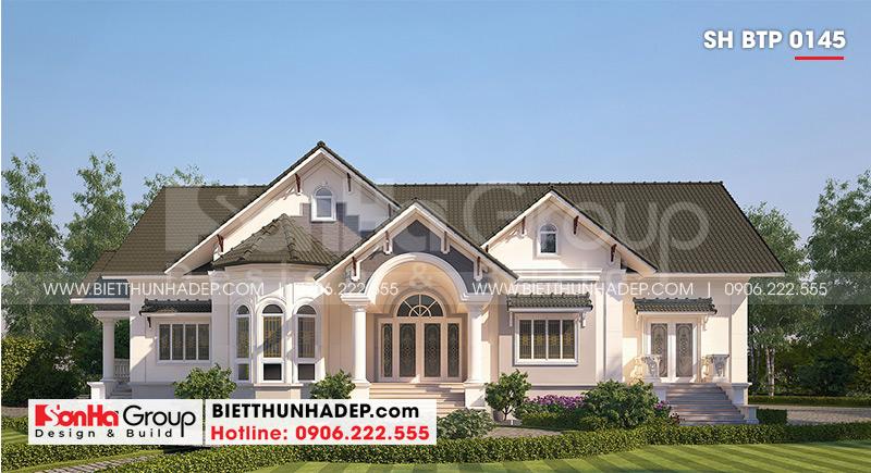 Mẫu biệt thự mái thái 1 tầng có tạo hình bố cục mạch lạc với việc kết hợp gam màu hài hòa trang trí mặt tiền biệt thự