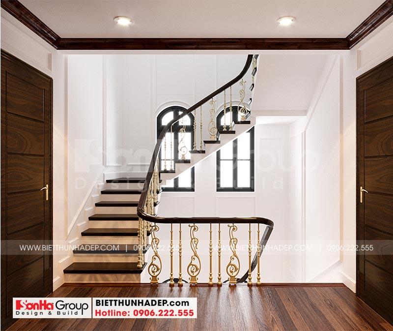 Thiết kế sảnh thang biệt thự rộng rãi, thoáng đãng theo đúng yêu cầu của gia chủ