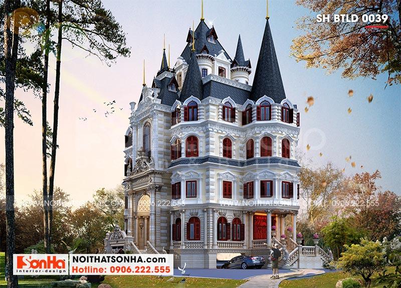 Kiến trúc tòa lâu đài cổ điển mang vẻ đẹp xa hoa, độc đáo thu hút mọi ánh nhìn